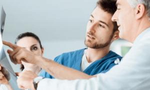 Страхование онкологии: особенности, гарантии и возможность заказа полиса