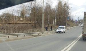 В Смоленске полицейские вовремя подоспели к мужчине, которому стало плохо