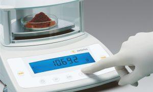 Преимущества электронных лабораторных весов