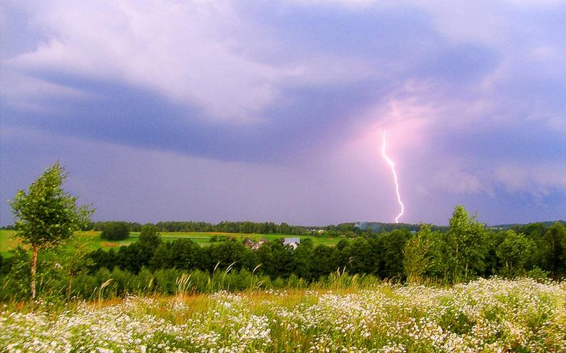 «В отдельных районах гроза». Чем еще порадует погода смолян 23 мая?