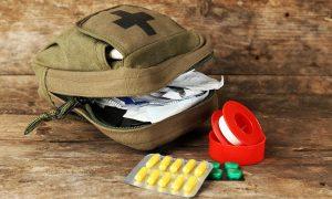 Аптечка для дачного участка: какие лекарства и препараты пригодятся вам и вашим близким за городом?
