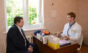 Губернатор проинспектировал медучреждения Смоленского района