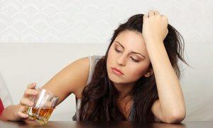 Женский алкоголизм. Опасность рядом.