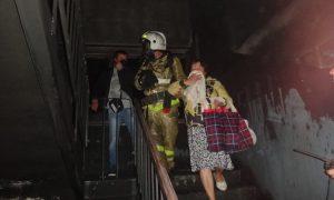 В Смоленске из пожара спасли 15 человек