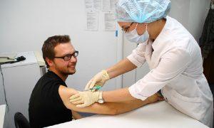 На территорию Смоленской области поступила вакцина против гриппа