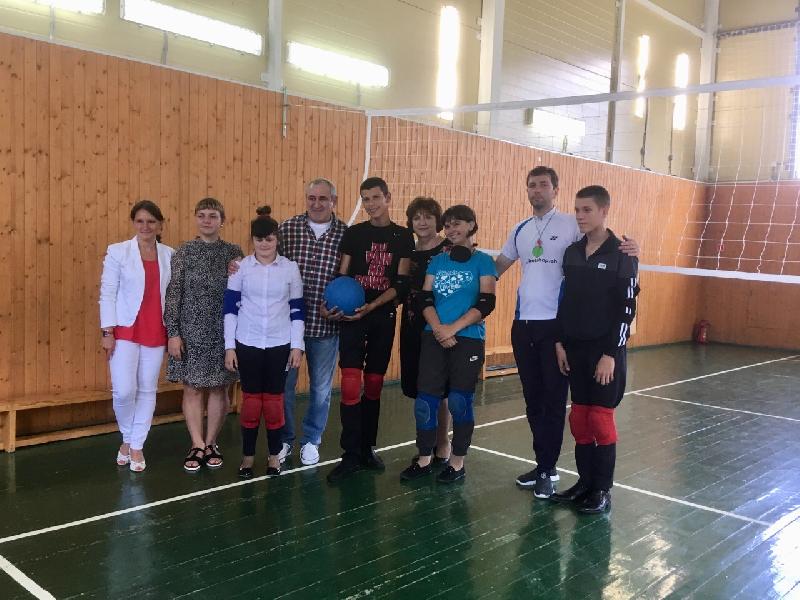 Сергей Неверов посетил уникальную школу для слабовидящих детей в Смоленской области