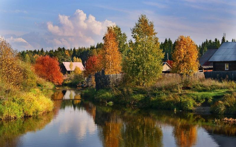 «42-е августа». Лето не намерено сдавать позиции в Смоленской области