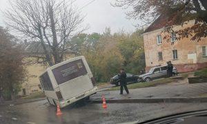 «Пострадали 8 пассажиров». Подробности утреннего ДТП в Смоленске