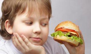 Детское ожирение: как его предотвратить?