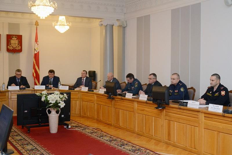 В Смоленске обсудили вопросы безопасности в новогодние праздники