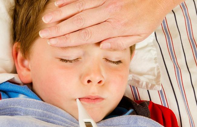 В Смоленске резко выросло число заболевших гриппом и ОРВИ
