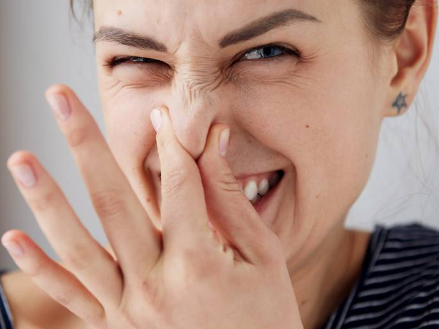 Специфический запах может указывать на больное сердце