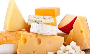 Почему сыр может быть опасным: 6 фактов