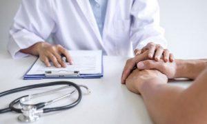 Потемнение кожи в паху и подмышках — ранний признак опасного заболевания