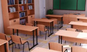Всех смоленских школьников могут перевести на дистанционное обучение