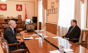 Алексей Островский обсудил цены на лекарства и продукты с руководителем УФАС по Смоленской области