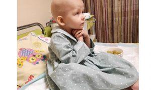 Ева хочет жить. Смолян просят помочь малышке, больше года борющейся с раком