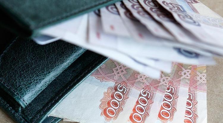В России продлили стимулирующие выплаты соцработникам
