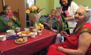Спокойная старость в доме престарелых «Тепло любимых»