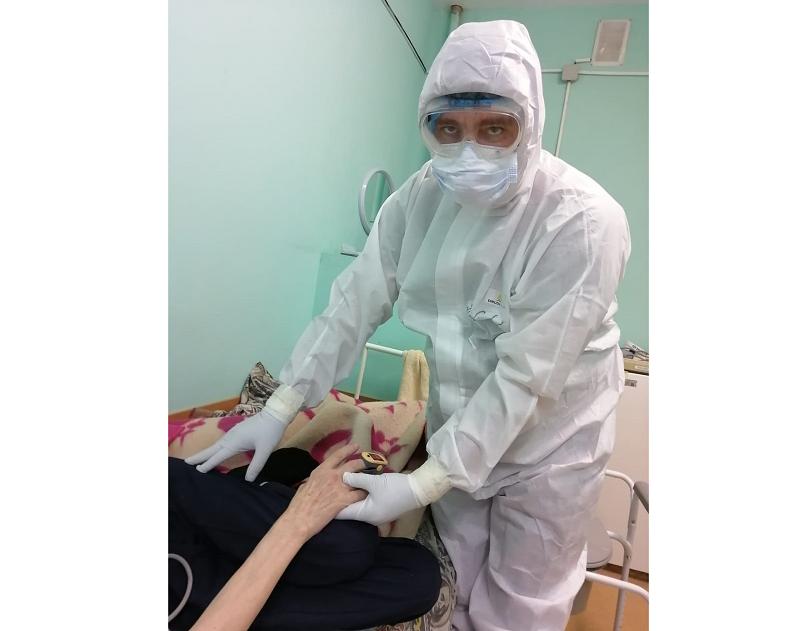 Смоленский медик рассказал, как в «Красном кресте» борются с COVID-19