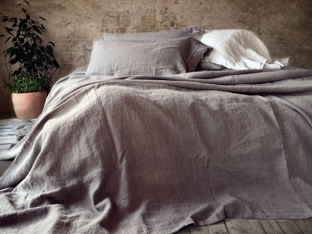 Выбираем постельное белье на кровать лофт