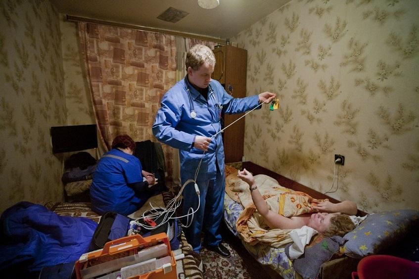 Капельница от запоя при вызове нарколога на дом