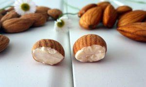 Что произойдет с организмом, если съедать 4 миндальных ореха утром