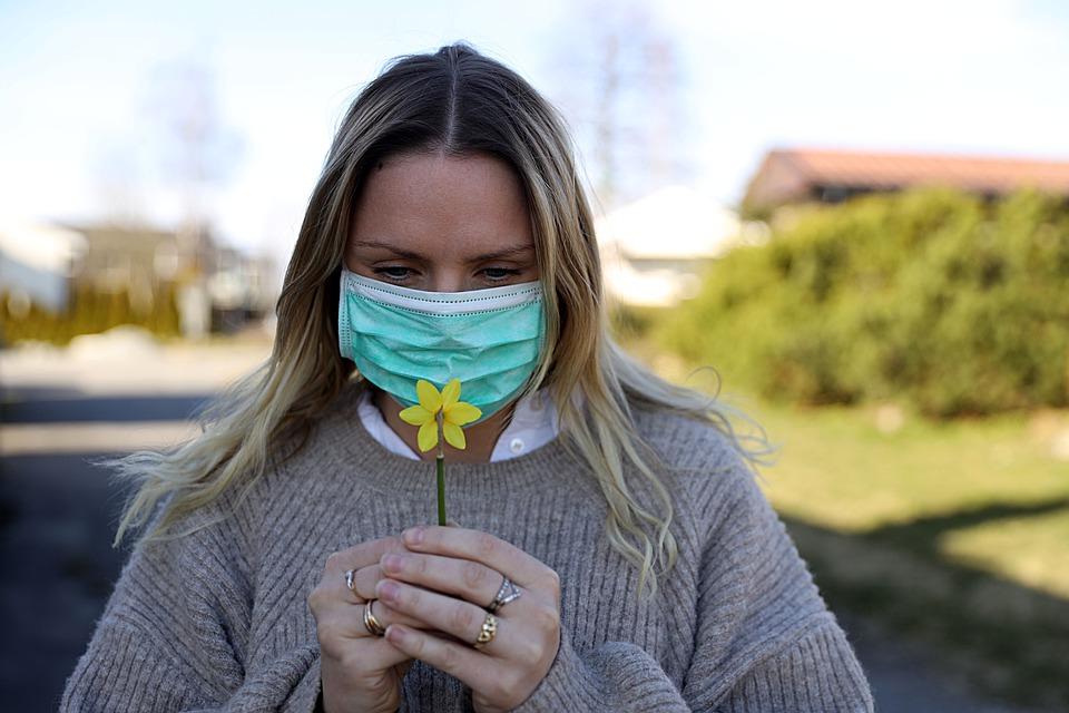 В Смоленской области зафиксировали низкий ежедневный прирост случаев коронавируса