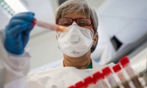Смоленск – снова лидер антирейтинга по суточному приросту инфицированных COVID-19