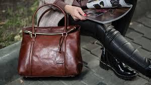 Только модные женские сумки из кожи