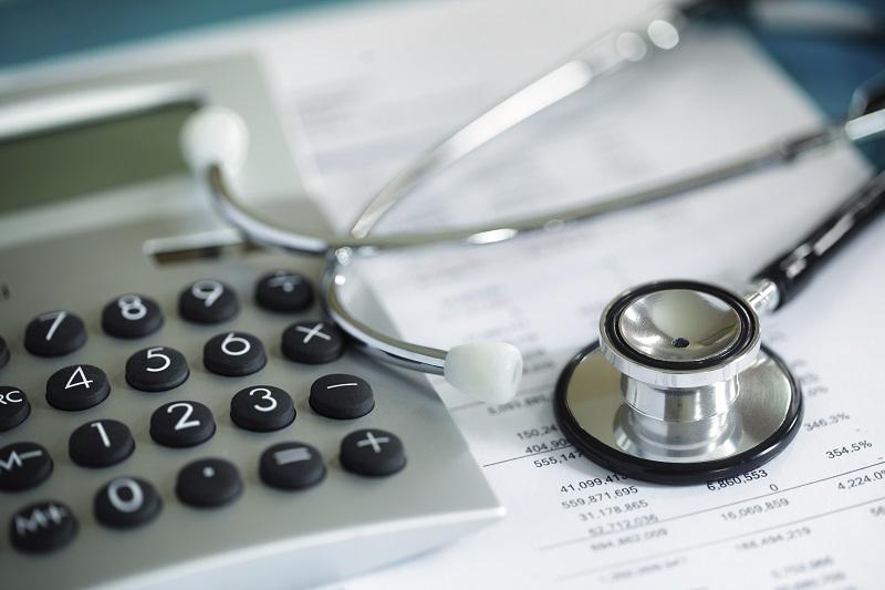 Расширен список медуслуг, на которые смоляне смогут оформить налоговый вычет