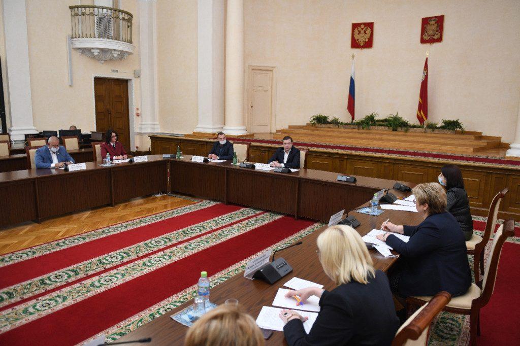 Роспотребнадзор объяснил снижение заболеваемости коронавирусом в Смоленской области