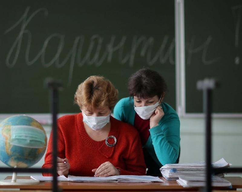 У работника школы в Смоленской области обнаружили коронавирус