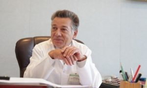 Евгений Каманин покинул должность главврача Смоленской областной больницы