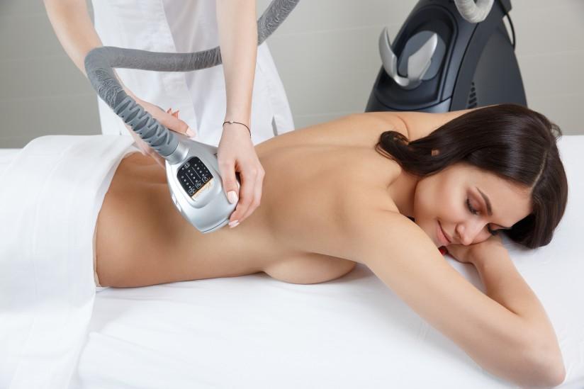Характеристики и польза от аппаратов вакуумно роликового массажа