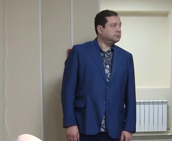 Глава региона оценил новое оборудование Смоленского медуниверситета