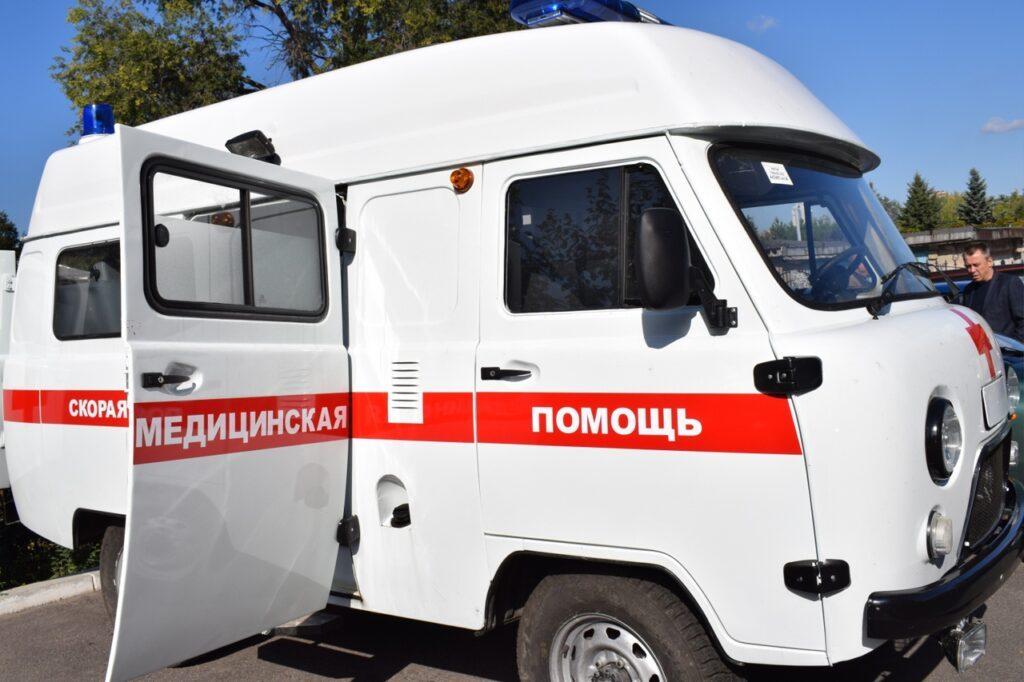 Автопарк Угранской ЦРБ пополнили два новых автомобиля «скорой»