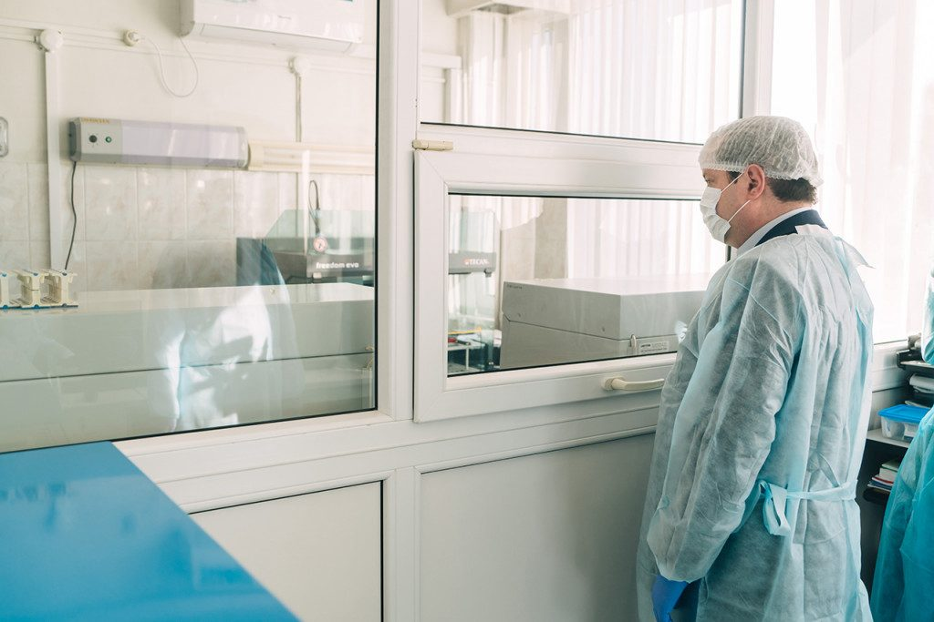 Смоленская область в два раза превысила показатель по числу коек для лечения коронавируса