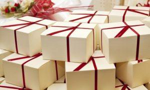 Подарок на свадьбу с кухонным уклоном