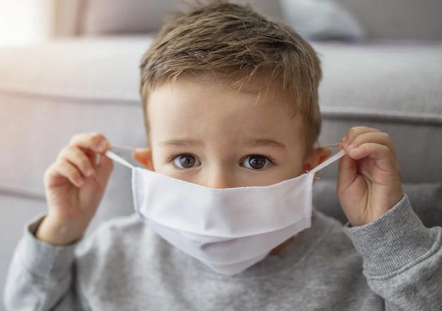 Смоленские врачи развеяли слухи о детском ковиде