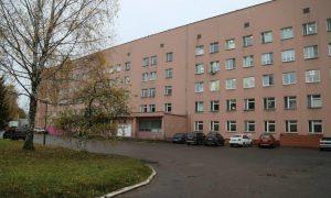 Депутат Михаил Лосенко закупил оборудование и СИЗы в больницу Десногорска