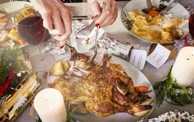 Легкие праздники: как не потолстеть за праздничным столом