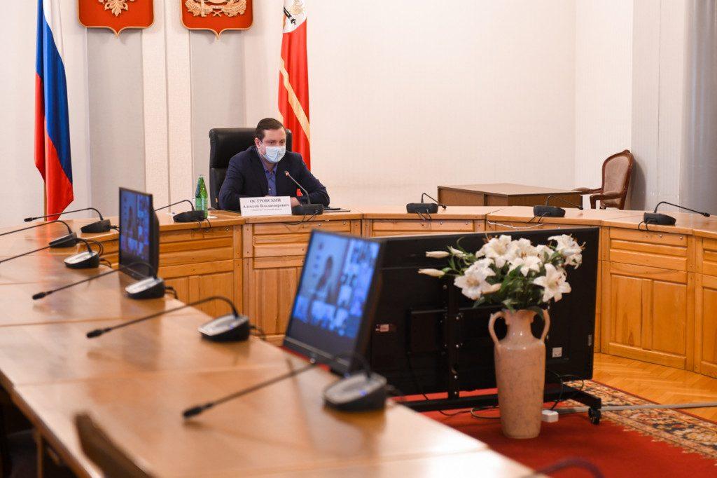 Алексей Островский обозначил основные задачи в сфере здравоохранения в период пандемии