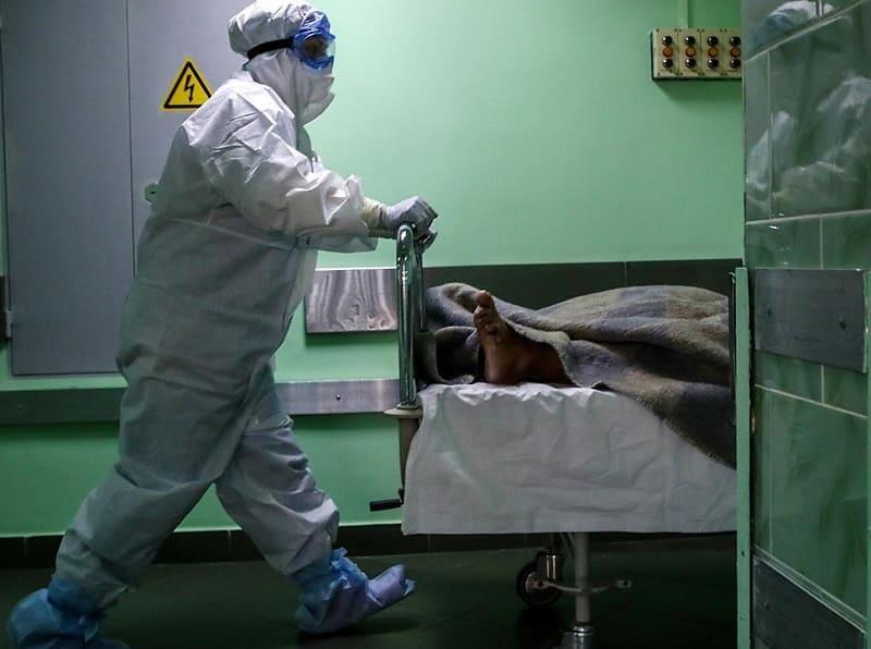 Число жертв пандемии COVID-19 в Смоленской области превысило 300 человек