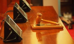 Больная ВИЧ иностранка оспорила в суде запрет смоленского Роспотребнадзора