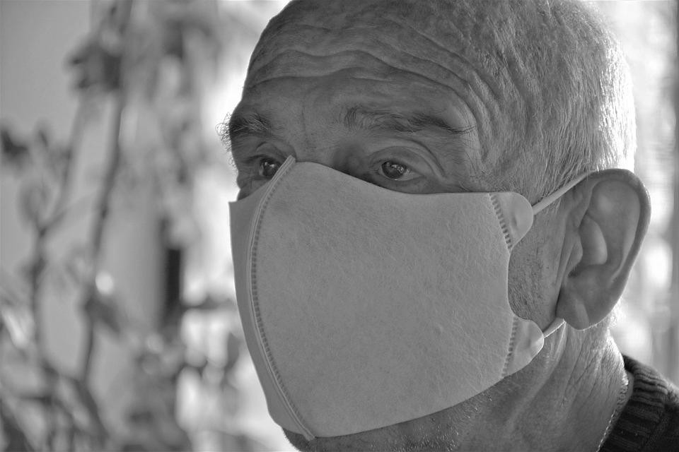 В Смоленской области повторился антирекорд по числу смертей от коронавируса