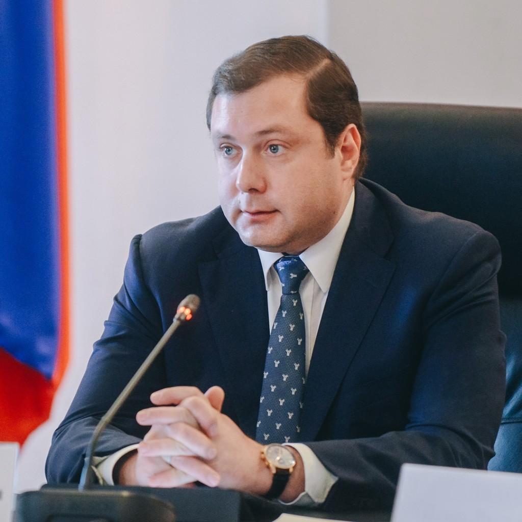 Алексей Островский взял под контроль строительство онкодиспансера и нового корпуса детской областной больницы