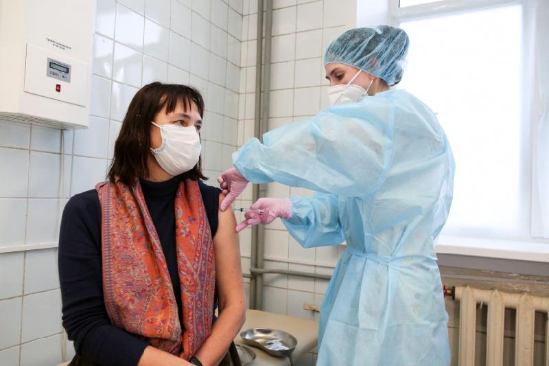 В Смоленскую область поступило более 13 тысяч доз препарата против COVID-19