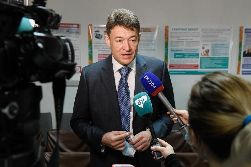 Главный онколог страны Андрей Каприн призвал смоленских медиков быть онконастороженными