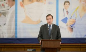 Алексей Островский привился от коронавируса